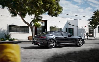 Porsche Panamera Fair 開催のお知らせ