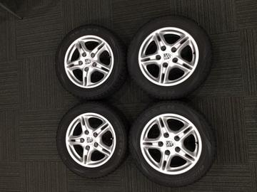 986 Boxster スタッドレスタイヤ , ホイール セット